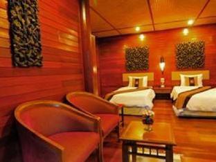 booking Hua Hin / Cha-am Ruen Kanok Thai House hotel