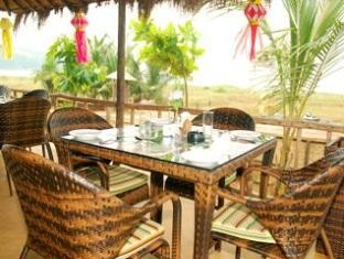 Pam Pirache Resort Goa Utara - Restoran