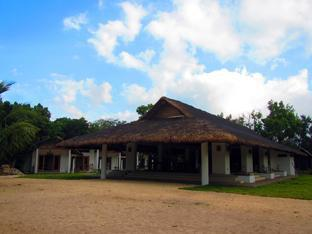 Kingfisher Sand Sea Surf Resort Pagudpud - Restaurante