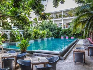 The Plantation Urban Resort and Spa Phnom Penh - Uima-allas