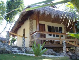 Tepanee Beach Resort Malapascua Island - Aircon Cottage