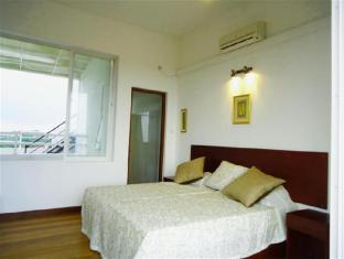 Breeze Apartment Colombo - Studio Apartment