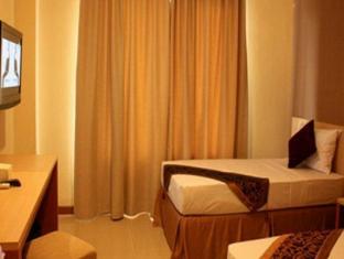 Delta Sinar Mayang Hotel Surabaya - Guest Room