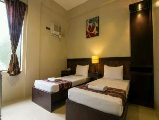 Driggs Pension House General Santos - Deluxe Twin Bed