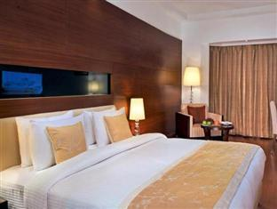 Altis Hotel by Aveda New Delhi and NCR - Standard Room