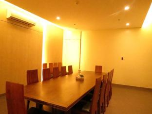 La Breza Hotel Manila - Meeting Room