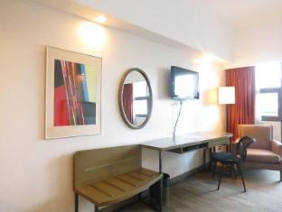 La Breza Hotel Manila - Guest Room