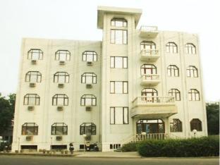 Hotel Regency Агра