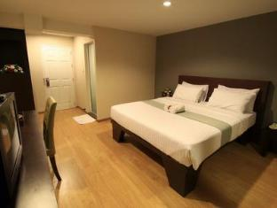 Laemchabang City Hotel Chonburi - Deluxe King Bed