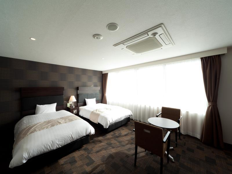 ホテルサンライン福岡 博多駅前 (Hotel Sunline Fukuoka Hakata-Ekimae)