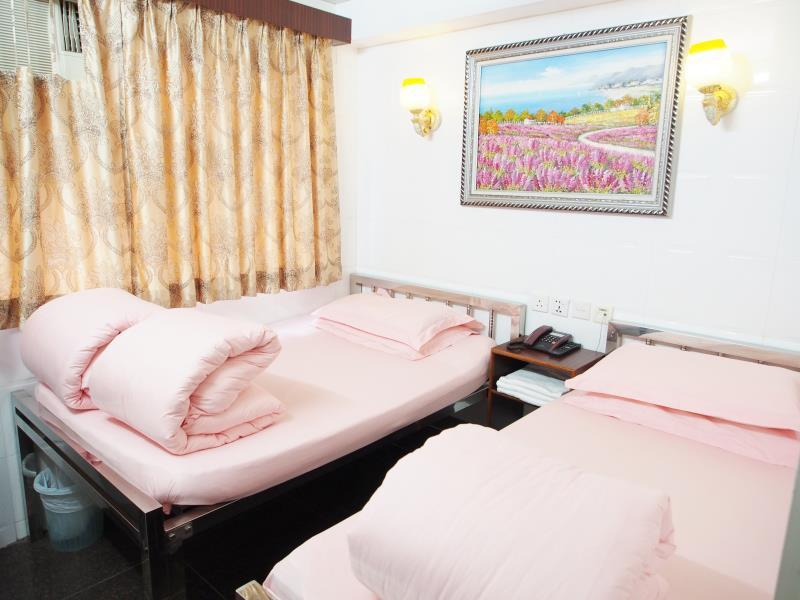Triple - 1 Double Bed + 1 Single Bed