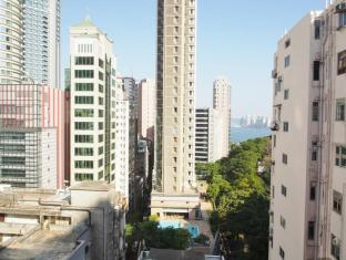 Carlton Guest House - Las Vegas Group Hostels HK Hong Kong - Triple Room View