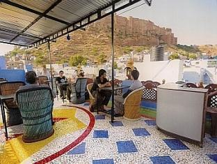 Sarvar Guest House Jodhpur - Roof Top Restaurant