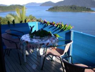 Coral Point Lodge Whitsunday Islands - מרפסת