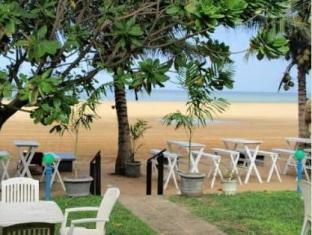Sea Garden Hotel Negombo - View