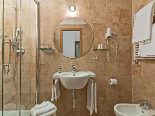 Hotel Le Clarisse al Pantheon Rome - Bathroom