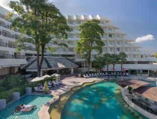 Andaman Embrace Resort & Spa Patong Beach Phuket - Kolam renang
