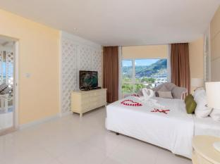 Andaman Embrace Resort & Spa Patong Beach Phuket - 1 Bed Room Suite