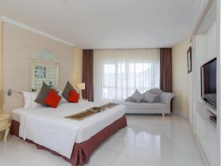 Andaman Embrace Resort & Spa Patong Beach Phuket - 2 Bed Room Suite