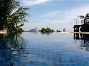Hilltop Hotel Phuket - View from the pool