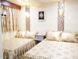 New Chung King Mansion Guest House - Las Vegas Group Hostels HK Hong Kong - Superior Family Room