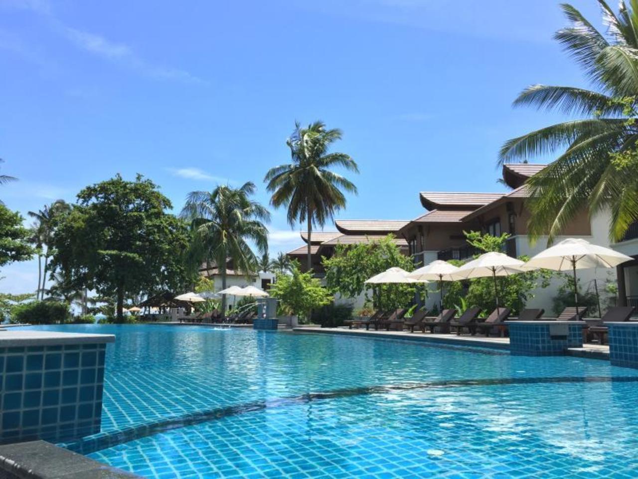 แม่หาด เบย์ รีสอร์ท (Maehaad Bay Resort)