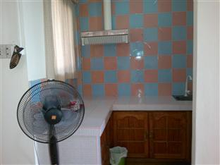 Balay Inato Pension Puerto Princesa City - Family Room Amenities