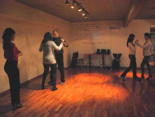 Tango Lodge Palermo Soho Hotel Buenos Aires - Beginners learning Tango