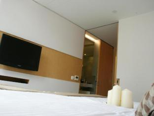 60 West Hotel Hong Kong - Guest Room