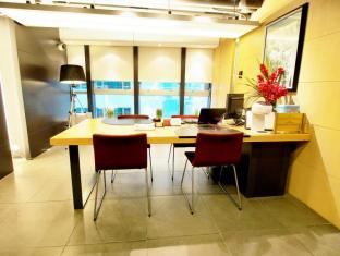 Yin Serviced Apartments Hong Kong - Resepsionis