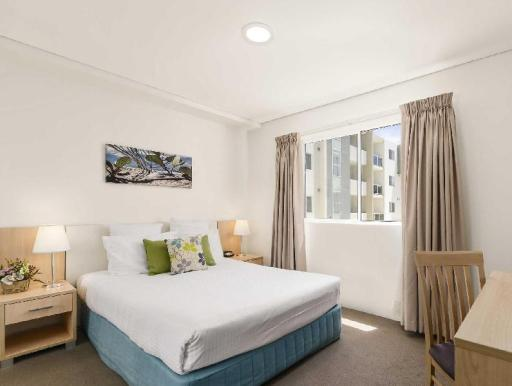 Quality Suites Pioneer Sands PayPal Hotel Wollongong