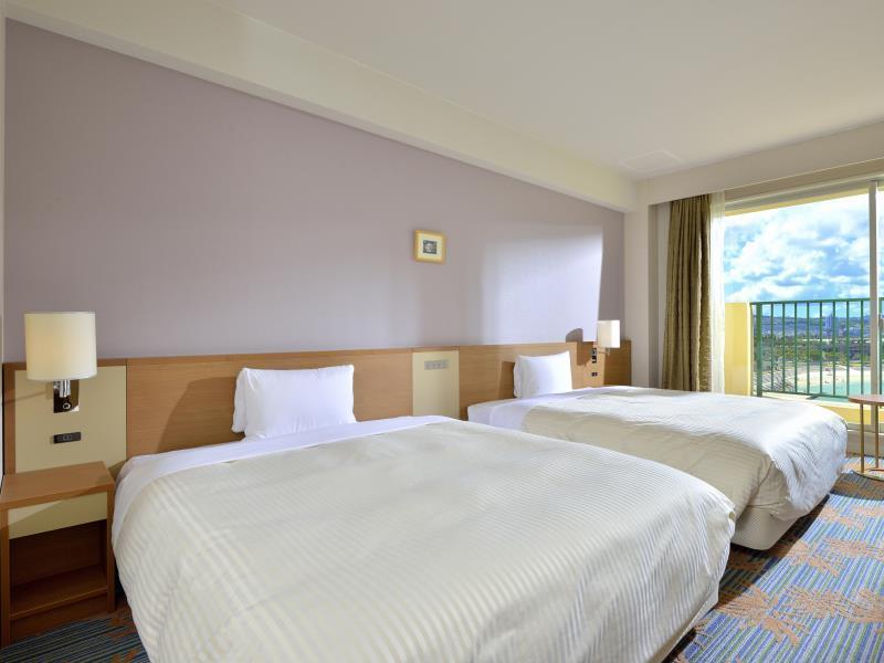 okinawa hotelVessel Hotel Campana Okinawa