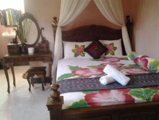 Praety Home Stay Bali - Interior hotel