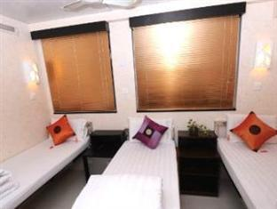 New International Guest House Hong Kong - Luxury Triple (3 Beds)