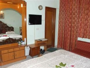 Holiday Home Stay New Delhi and NCR - Guest Room