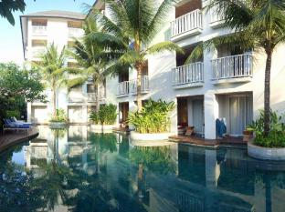 Bliss Surfer Hotel Bali - By cumilebay.com
