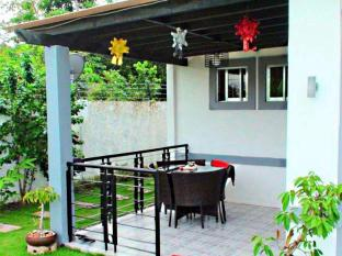 Panglao Bed and Breakfast Bohol - Balkon/Terrasse