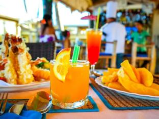 Marlins Beach Resort Cebu - Food and Beverages