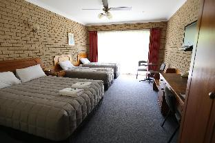 book Camperdown (VIC) hotels in Victoria without creditcard