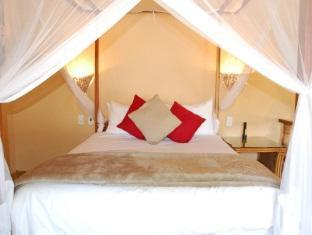 Best PayPal Hotel in ➦ South Luangwa National Park: