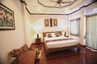 booking Chiang Mai Pha-Thai Guest House hotel