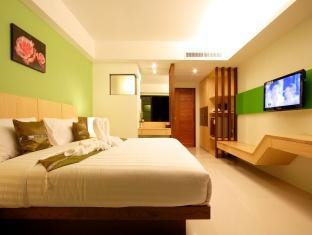 Kalim Beach Place Phuket - Guest Room
