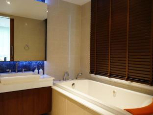 Kalim Beach Place Phuket - 2 Bedroom suites bathtub