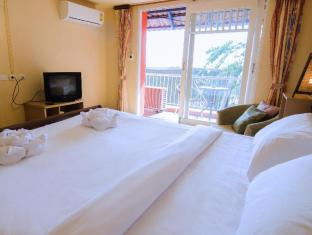 The Orange Pier Guesthouse Phuket - Deluxe