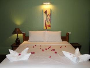 Kamala Cocohut Resort Пхукет - Вітальня