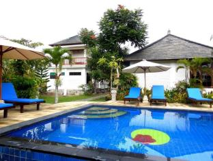 Terang Bulan Cottages