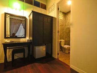99 Oldtown Boutique Guesthouse Phuket - Standard Double Bed
