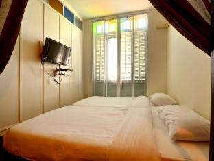 99 Oldtown Boutique Guesthouse Phuket - Standard Twin Bed with Balcony