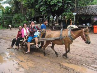 Maisons d'Amis de Khuon Tour Phnom Penh - Promenade