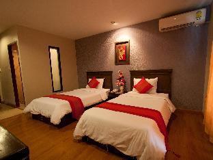 Lanna House guestroom junior suite
